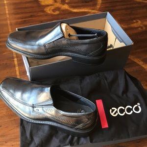 Men's Ecco Full Grain Leather Size 42 (8-8.5)